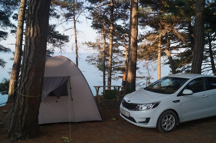 Кемпинг в Краснодарском крае «Сосновый берег» на черном море (в лесу)