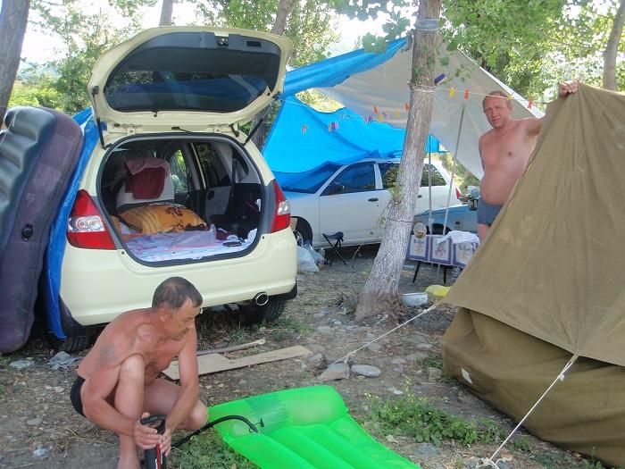 КЕМПИНГ «АСТРА» В АШЕ - палаточный городок