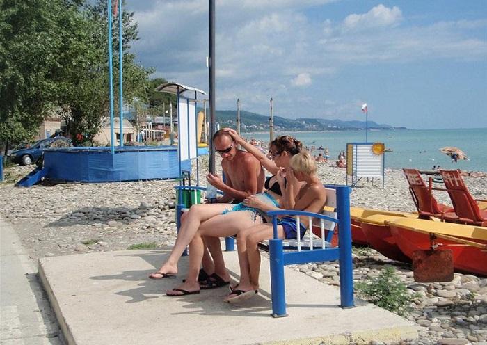 КЕМПИНГ «АСТРА» В АШЕ - пляж