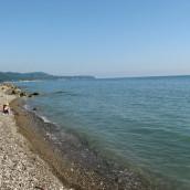 Пляжи поселка Небуг —  «Центральный», платные и дикие: фото, описание