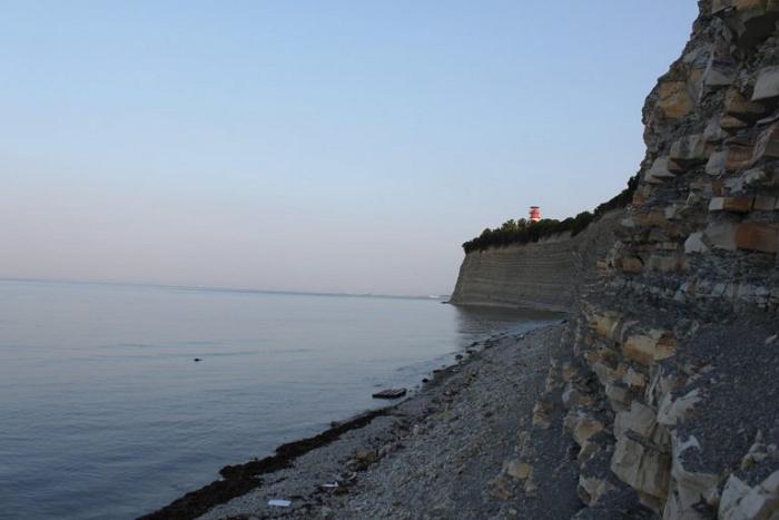 большие неповоротливые геленджик пляжи толстого мыса фото главные