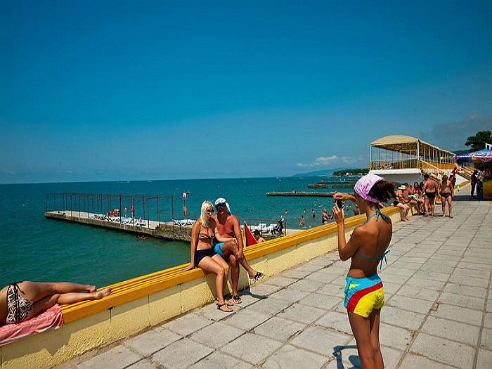 Пляжи п. Дивноморское Энергетик