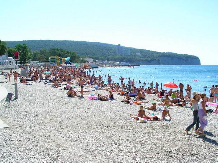 Пляжи п. Дивноморское центральный