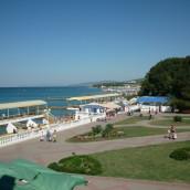 Пляжи п. Дивноморское: «Центральный», «Голубая даль», «Факел» — фото, отзывы