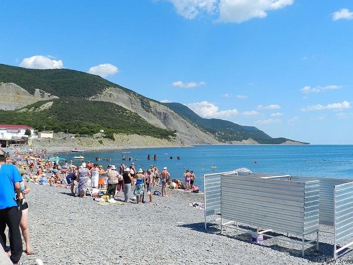 Пляж полуострова Большой Утриш