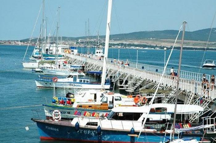Пляж яхт-клуба «Витязь»