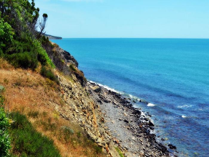 дикие пляжи Большой Утриш