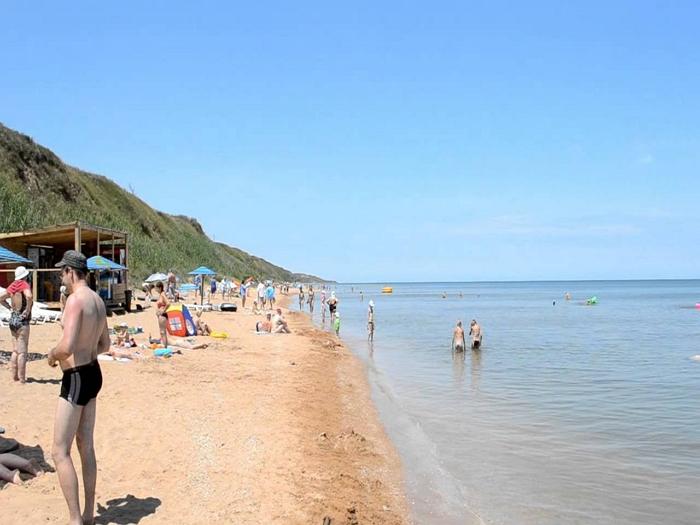Пляжи в Кучугуры1